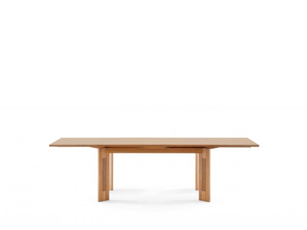 Cassina, 320 Berlino Table