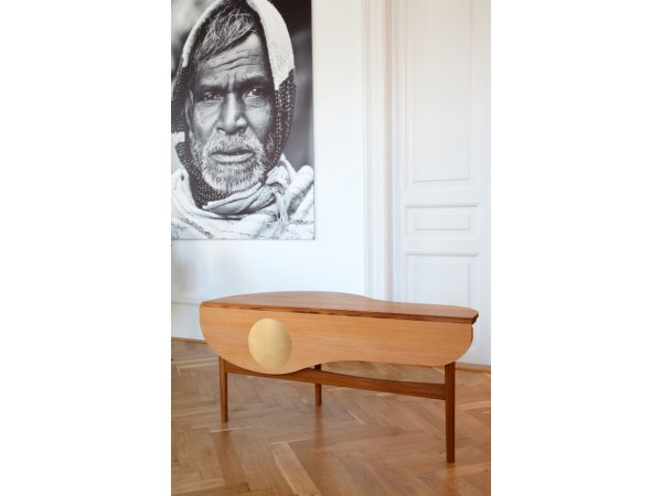 House of Finn Juhl, Butterfly table