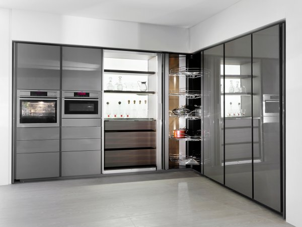 Kitchen furniture of contemporary design minim your for Mueble columna cocina