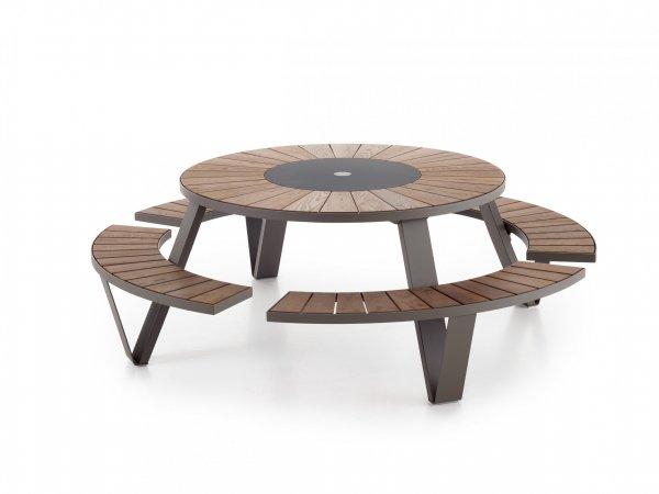 Outdoor table Pantagruel. Extremis