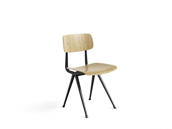 Silla Result - Chair_Frame black-Seat Back - madera de roble laced - clear lacquered oak - Madrid - Barcelona - HAY - MINIM Showroom